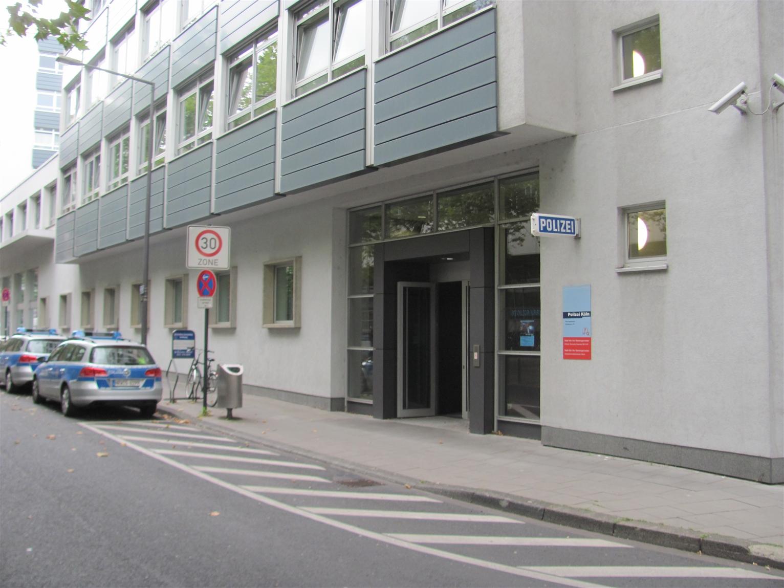 Polizei Köln Stolkgasse